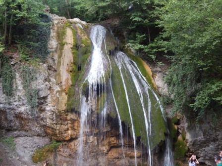 Водопад Джур-Джур в августе